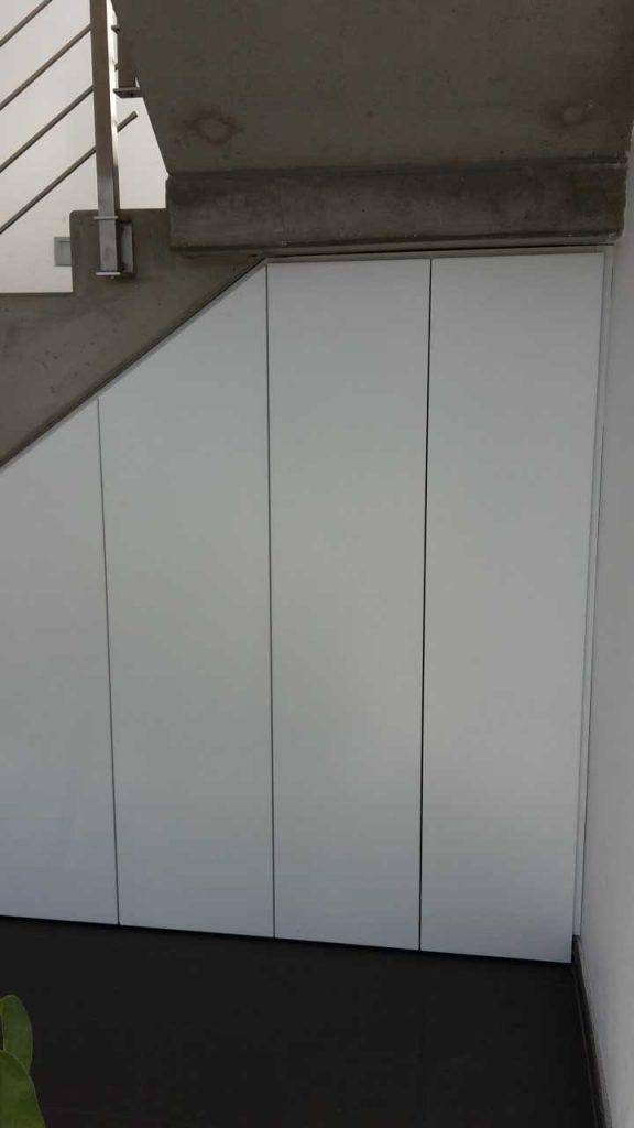 Einbauschrank weiß lackiert