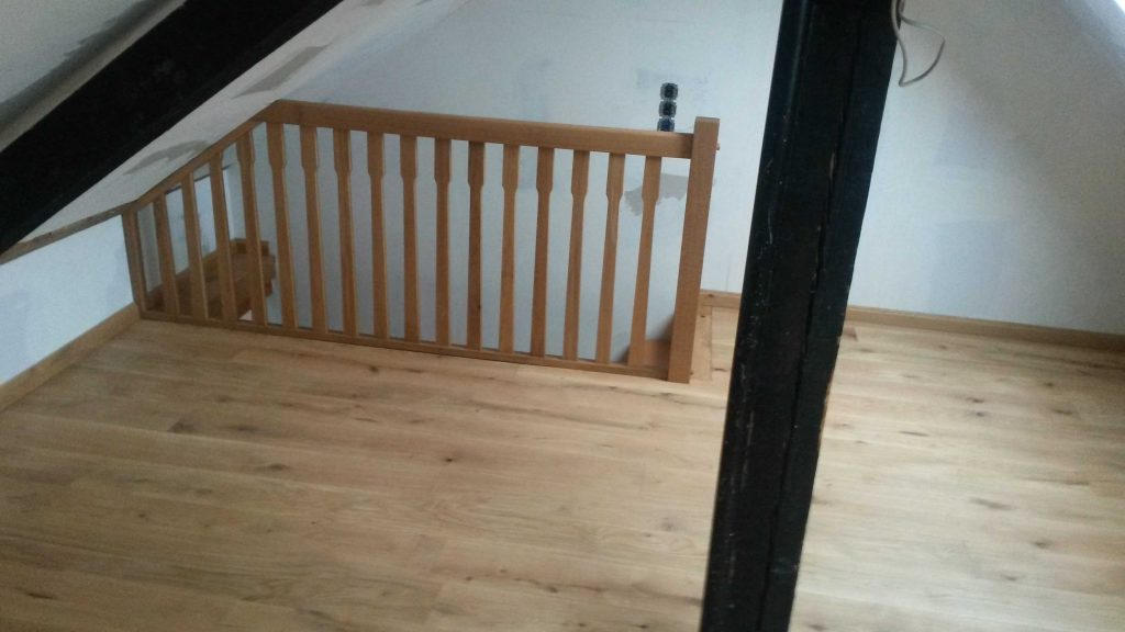 Treppe viertel gewendelt
