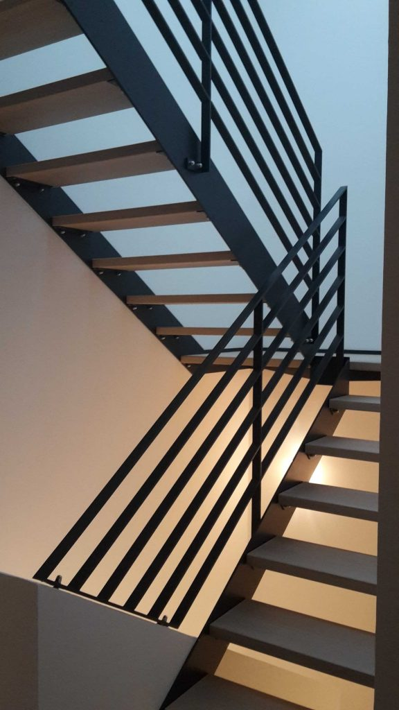 Treppenstufen Eiche gekälkt